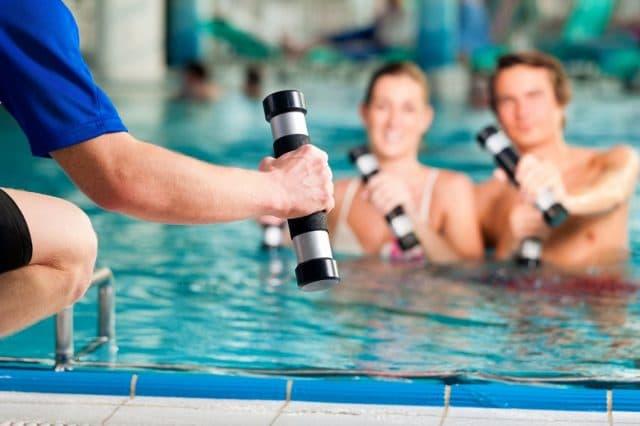 personal trainer istruttore ginnastica acqua